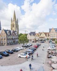 appartement te koop op het marktplein te Nieuwpoort Portus vastgoed aan zee