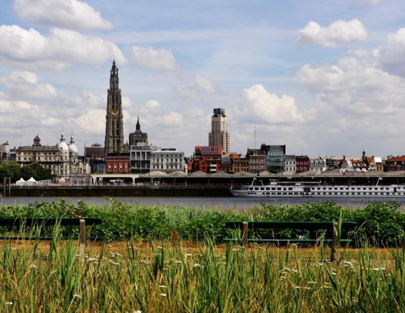 Grootschalige nieuwbouwprojecten doorheen Antwerpen - 2de verblijf in een stad - 2HB