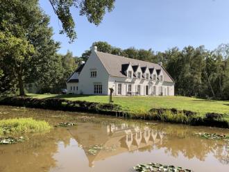 Hasseltse villa - Exclusief - 2HB