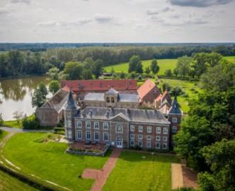 Riant kasteeldomein Nieuwenhoven in Sint-Truiden - Exclusief - 2HB