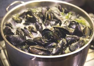 Zeeuwse hangcultuur mosselen - Culinair - 2HB