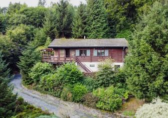 Chalet gelegen aan de rand van het bos van Sainte Ode - Ardennen - 2HB