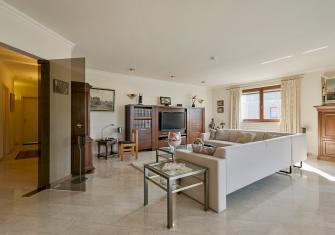 Ruim en lumineus luxeappartement te Maaseik – Limburg – 2HB
