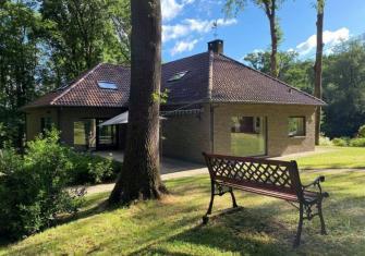 Prachtige villa midden in het bos met stabiliteitswerken - Vlaamse Ardennen - 2HB